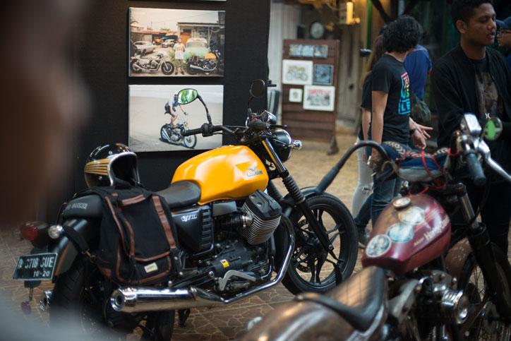 Moto Guzzi V7II Stone