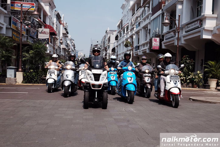 Peugeot Scooters Family