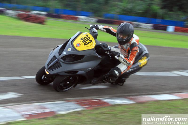 jelang-indonesia-scooter-championship-seri-ii-pertarungan-pembalap-mulai-memanas