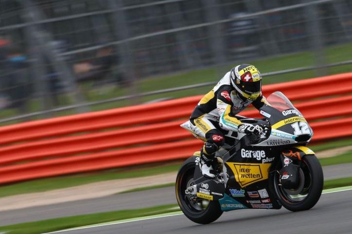 Luthi Meraih Kemenangan di Moto2 Silverstone, Zarco Dapat Penalti