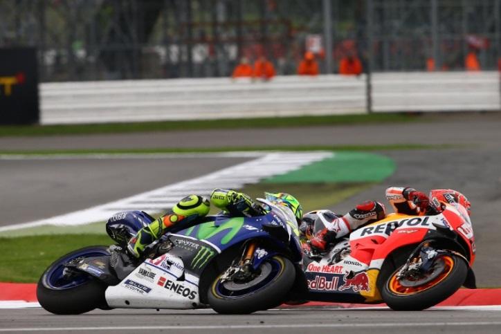 Ngotot Kejar Rossi, Marquez Kehilangan Podium di Silverstone