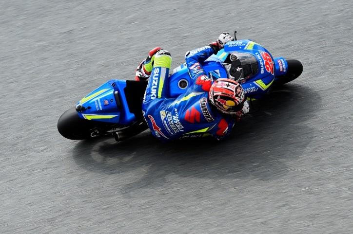 Temperatur Lintasan Dingin, Vinales Kuasai FP1 MotoGP Silverstone