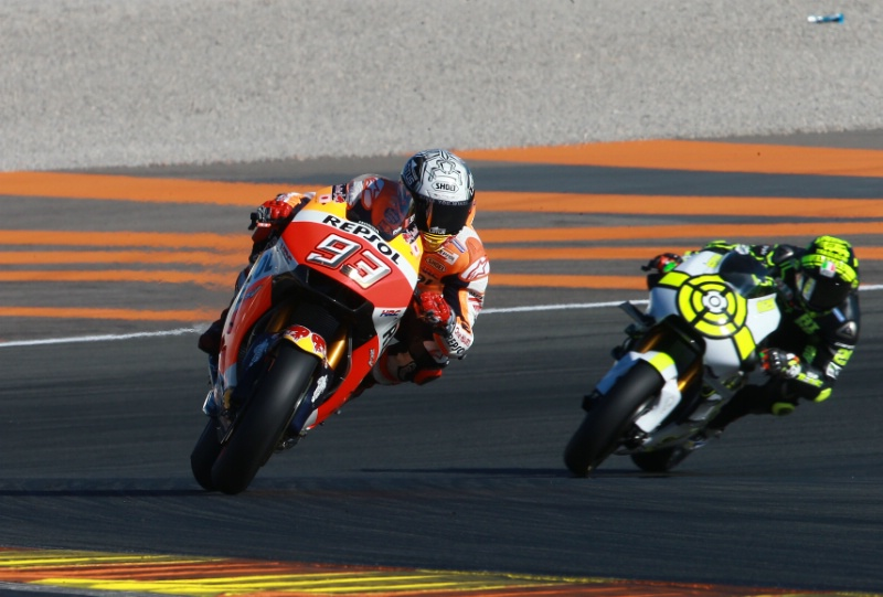 Tes Kedua MotoGP Valencia: Iannone dan Rins Terlempar ke Tembok Sirkuit