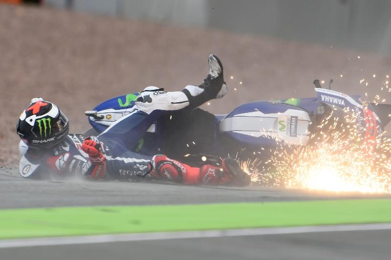 Hujan Kecelakaan di MotoGP 2016 Menjadi Teguran Keras buat Michelin