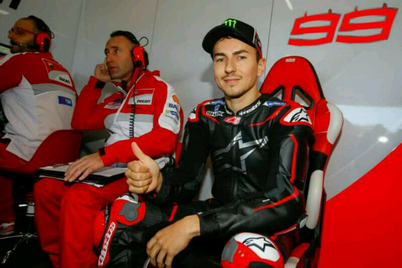 Jorge Lorenzo Gantikan Pedrosa di Repsol Honda