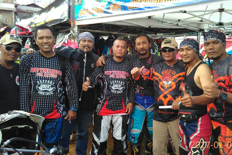 Pegi Diar bersilaturahmi dengan komunitas trail Cianjur