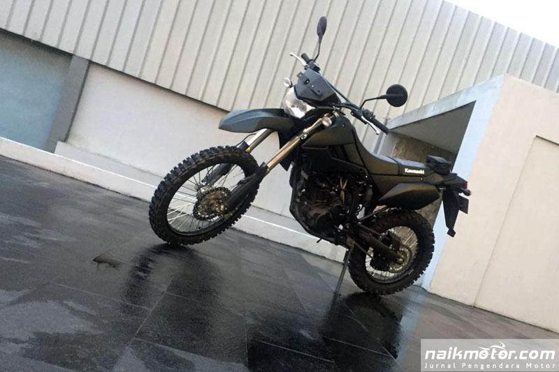 Kawasaki Custom Trail 250