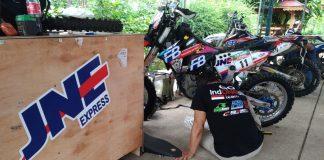 Proses Pengiriman Motor Keluar dan Masuk Indonesia Oleh JNE