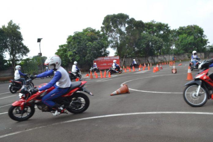 Edukasi Safety Riding Wahana