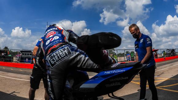 Jadi Pembalap MotoGP Impian