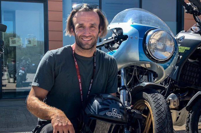 Johann Zarco Ducati 900SS