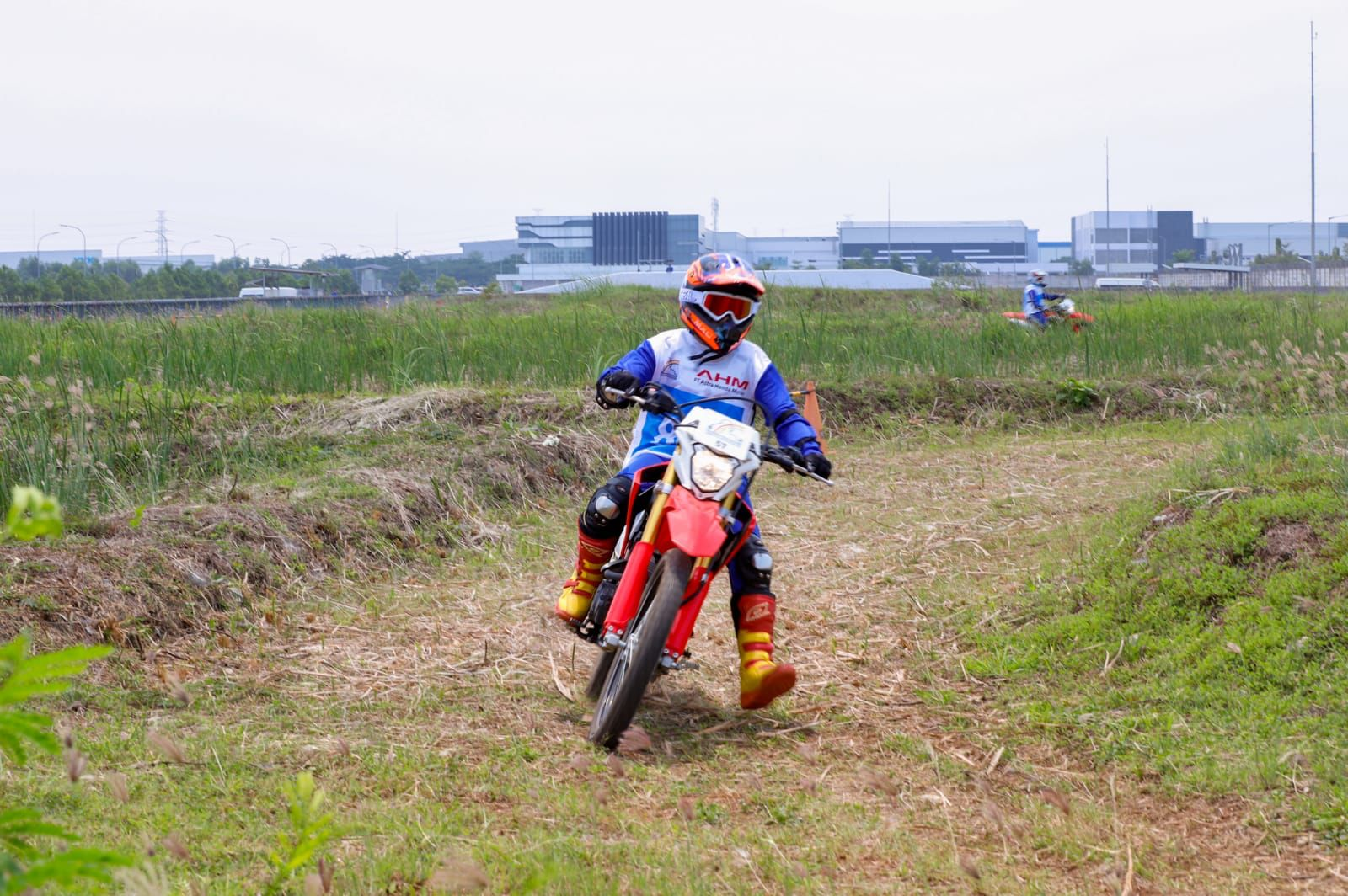 Safety Riding AHM