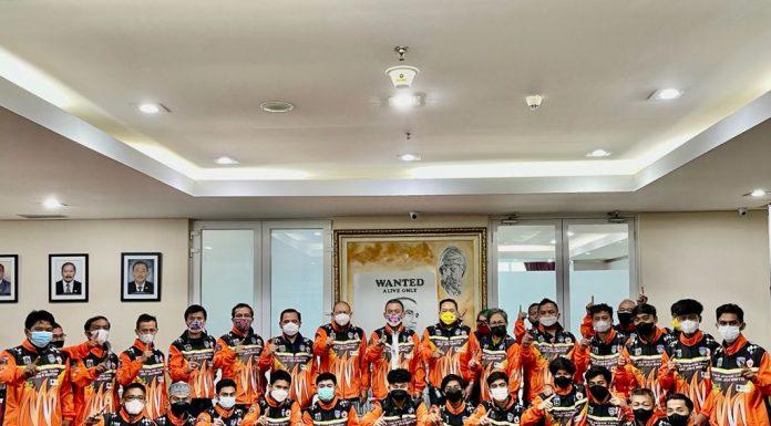 Medali Emas Motocross